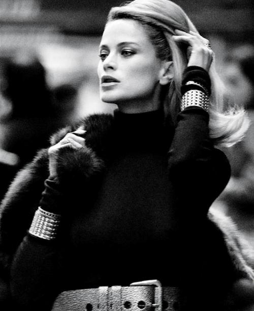 Carolyn Murphy by Daniel Jackson Editorial Who´s that Lady from WSJ Magazine December 2012