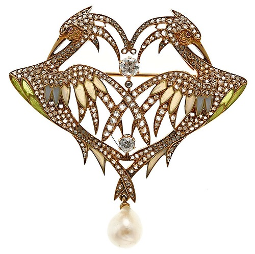 Jewellery by Lluis Masriera (17 January 1872 - 21 October 1958)