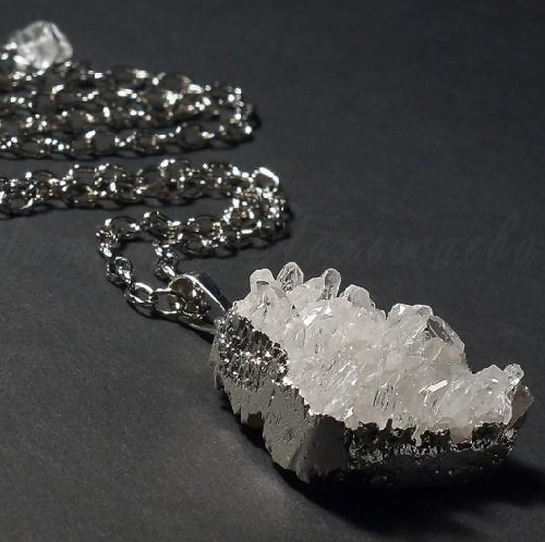 Pendant 'Heart of the Snow Queen'