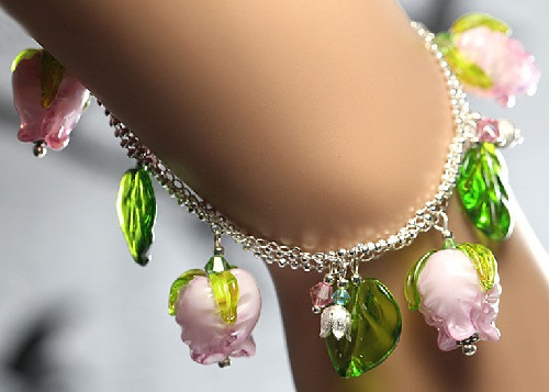Bracelet 'The English Roses' silver lamp work pink buds