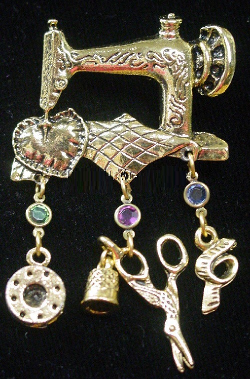 Vintage genre brooches. Brooch for those who love sewing maching, quilters. Vintage Antique style Brooch Pin with charms