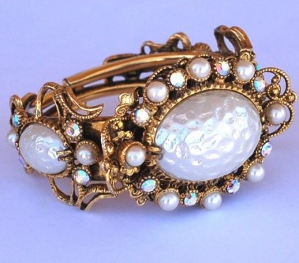 Artificial pearl Bracelet