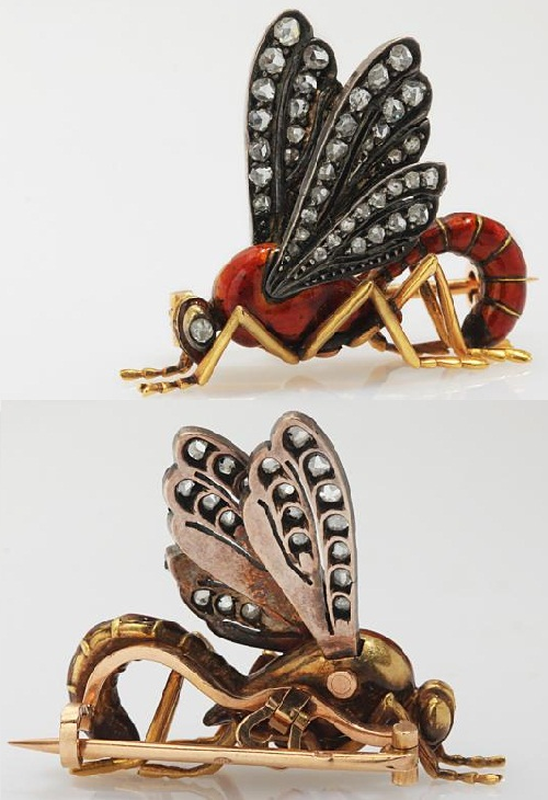 Insect Jewellery Kaleidoscope. Brooch Wasp. France, 19th century. Gold, enamel and diamonds