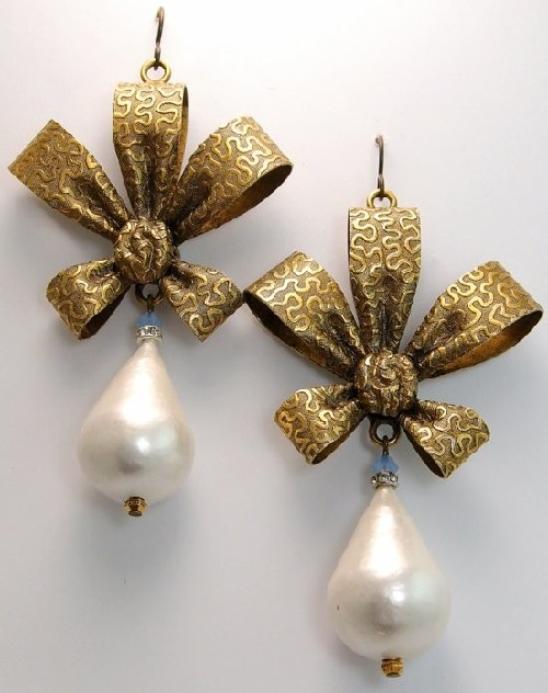 Earrings Coquette