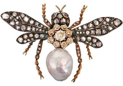 Insect Jewellery Kaleidoscope. Gold Victorian brooch. Baroque pearl, yellow and white diamonds, rubies
