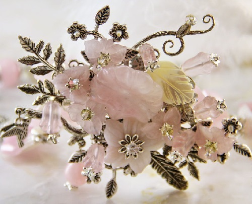 'Pink tenderness' necklace and earrings. Pink quartz, pearl, natural pearl, pink opal, Czech glass, Swarovski crystals