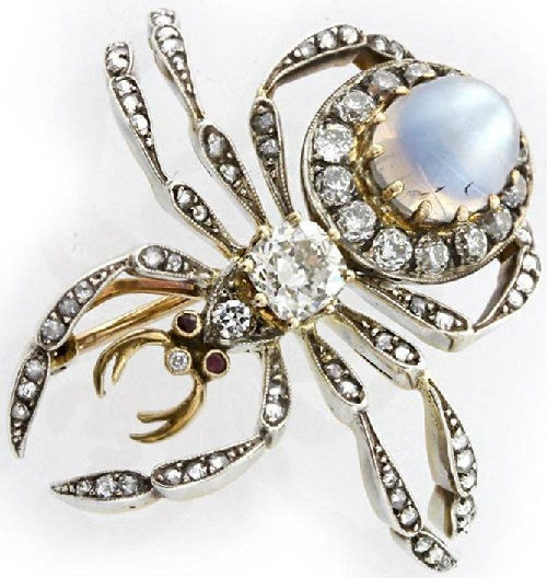 Victorian brooch, gold, opal, diamond, the first third of the 19th century