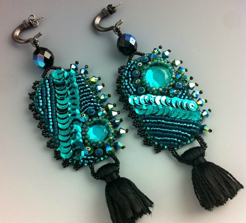 Hand crafted bead and gemstone jewelry by Doro Soucy