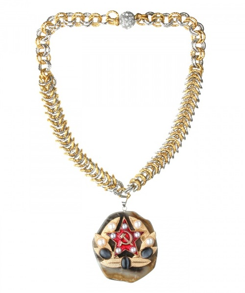 Hand-woven chain with a pendant with pearls, cat's eye and agate. Georgy Rushev jewellery collection 'Patriot'