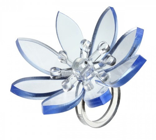 Plastic ring Flower