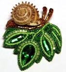 Miniature beaded brooches by Lyubov Tyurina