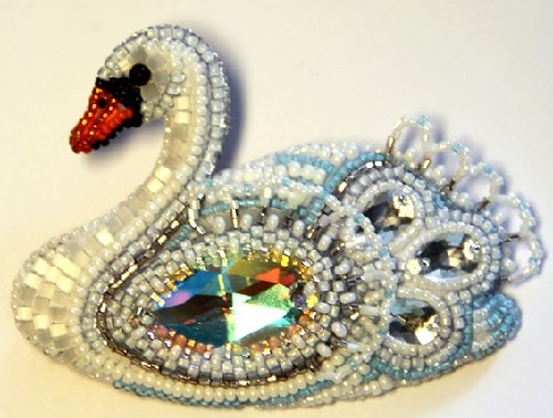 Swan-queen brooch