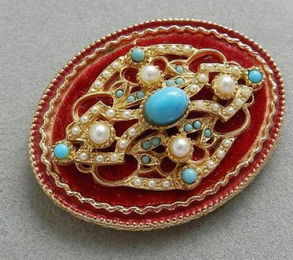 Collectible Vintage brooch