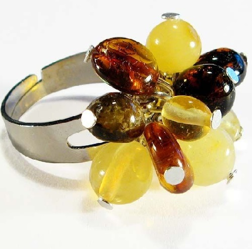 Multicolored amber ring
