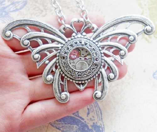 Steampunk Pendant 'Messenger of Summer'