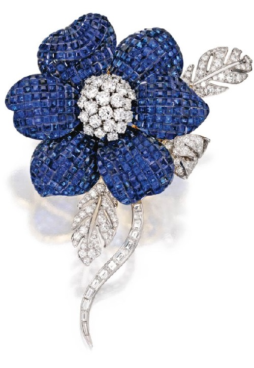 18 Karat Two-Color Gold, Sapphire and Diamond Flower Brooch, Aletto Brothers