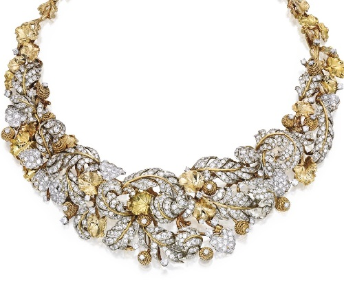 18 karat gold, Platinum and diamond necklace. Jewellery designer David Webb
