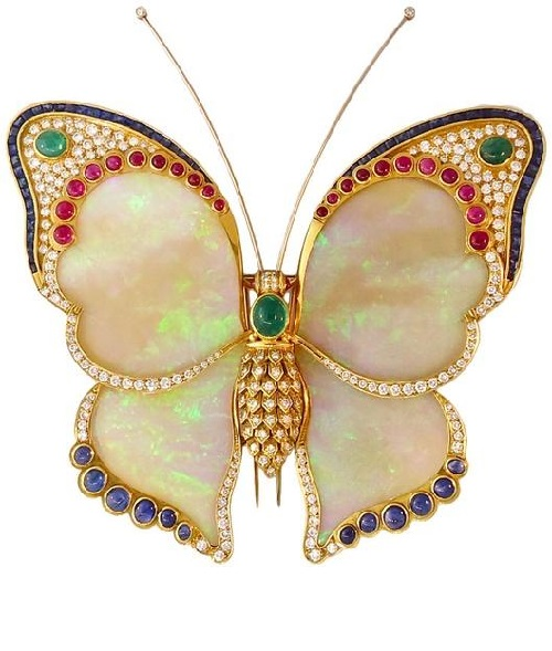 Brooch Boucheron - aquamarine cabochon opal, wings - hot enamel and jewels of the collection of Elizabeth Taylor