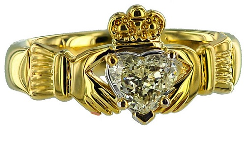 Claddagh engagement ring solitaire