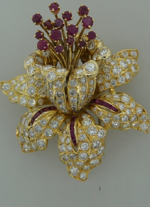 Orchid brooch 18k yellow gold, diamonds, rubies