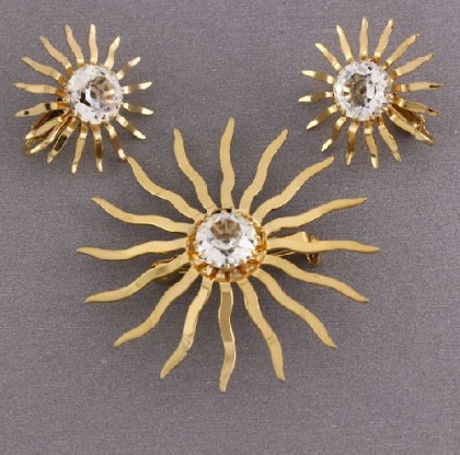 Clips and brooch
