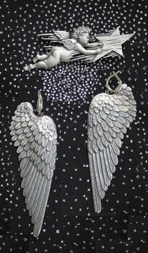 Set of jewelry 'Flight of the Star'. Silver. Angel with star brooch - vintage Costume jewellery 60s, marked JJ, earrings Wings of Angel- author's work from Pinky Winky
