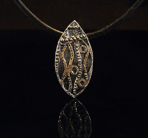 Silver pendant inspired by Klimt