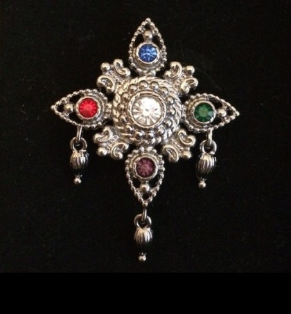 Snowflake collectible brooch marked Bob Mackie, 1980s alloy silver