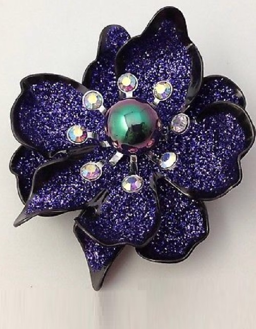Vintage style brooch. Joan Rivers jewelry