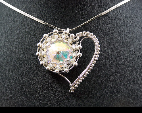 Wire work pendant - Heart