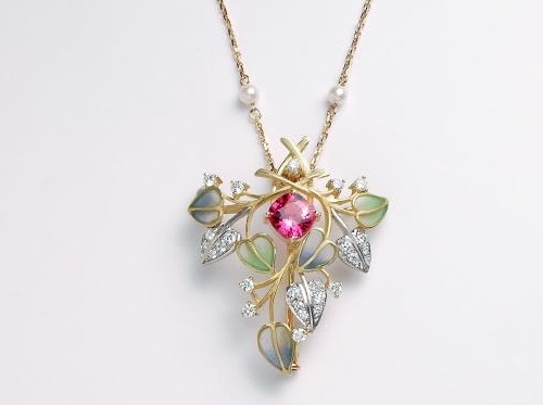 Beautiful enameled pendant of precious stones by Kunio Nakajima
