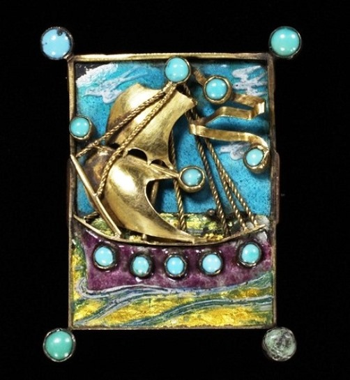 Charles Ashbee modern era jewellery. Brooch, 1903, Gilded silver, gold, enamel and turquoises