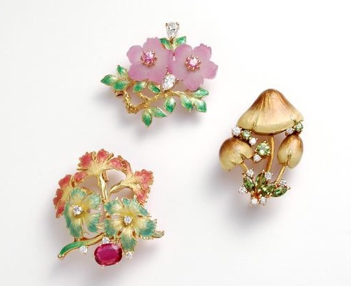 Brooches from the Jewellery collection 'In the Garden' by Japanese jeweler Kunio Nakajima
