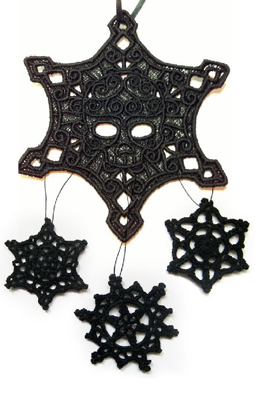 gothic christmas decorations 2 - Gothic Christmas Decorations