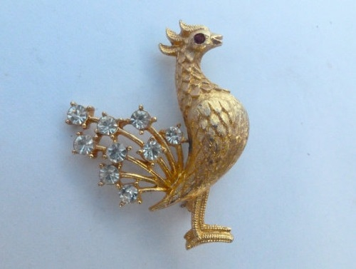 Mamselle Rooster brooch in gold tone and rhinestone