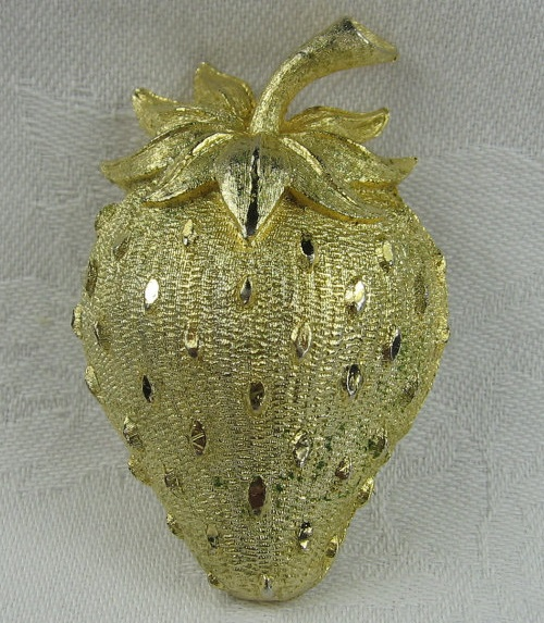 Mamselle Strawberry Brooch