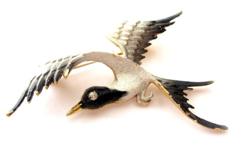 Mamselle White & Black Enamel Gold tone Flying Bird Brooch