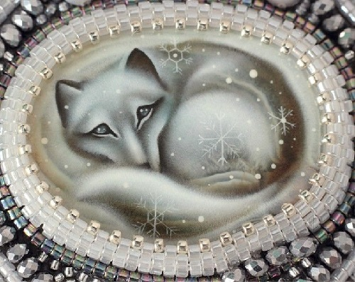 Necklace with painted Snow Fox (lacquer miniature)