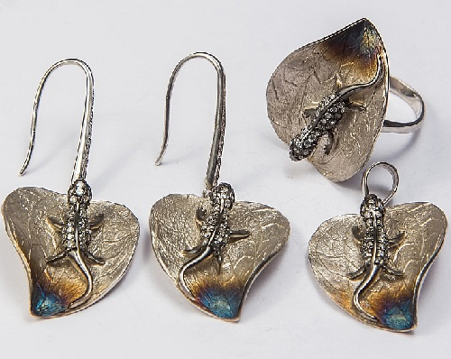 Set of earrings, ring and pendant. Silver. ArtSat Silver jewelry of masters in Armenia