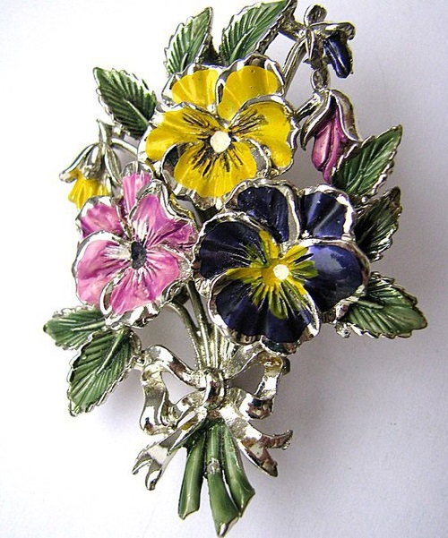 Vintage brooch Pansies from Exquisite
