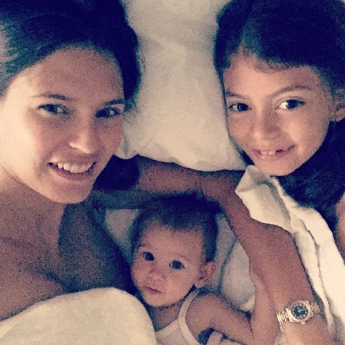 Bianca Balti with her daughters Matilde and Mia