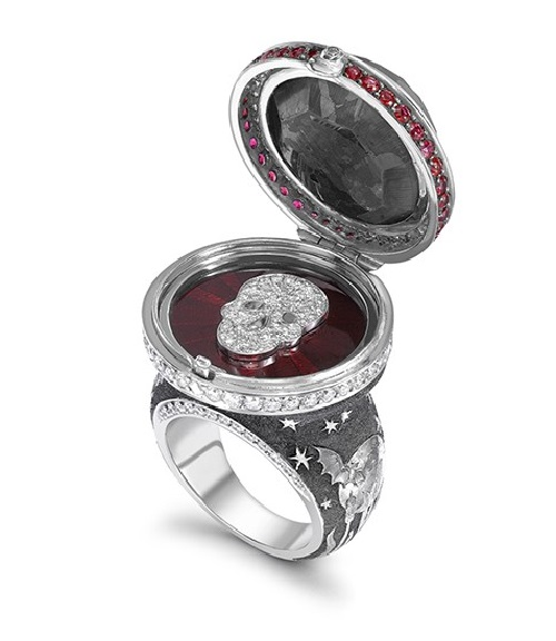 Black Diamond Opening Ring Mystery of the night. Deep hand-engraved night-time scene where carved bats mingle with the moon and the stars