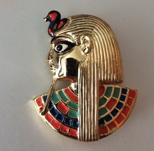 English jewellery Sphinx