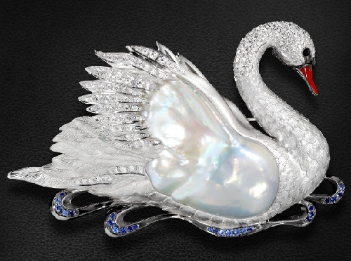 Brooch Swan with pearls, sapphires, enamel and diamonds in white gold