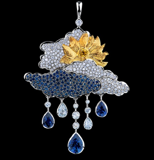 Clouds pendant, white gold, blue sapphires, yellow diamonds