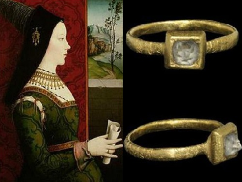 Mary and Maximilian love brooch. Diamond engagement ring given by Maximilian to Mary