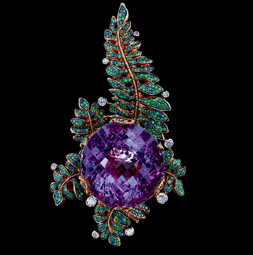 Fairy tales high jewellery Pendant. 18k yellow gold, amethyst, 10 diamonds, 285 sapphires, tsavorites