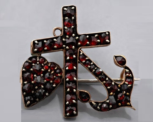 Faith, hope and love in symbolic jewellery