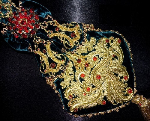 Lid'oro goldwork embroidery