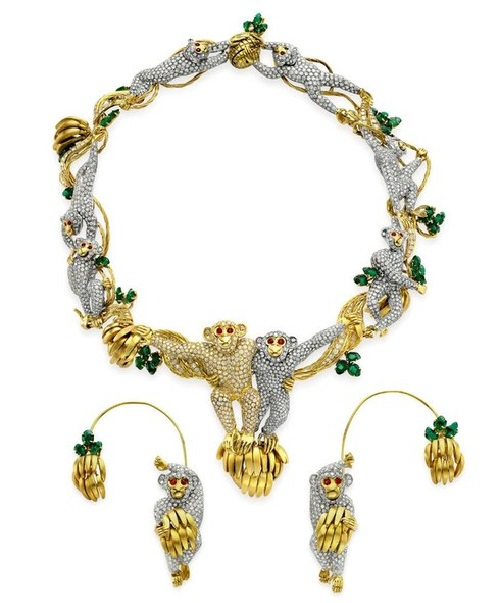 Necklace with diamonds, rubies and emeralds from Massoni, belonged to Elizabeth Taylor